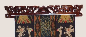 1013-wood-ikat-holder-01