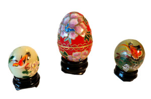13-stone-hand-painted-eggs-t2